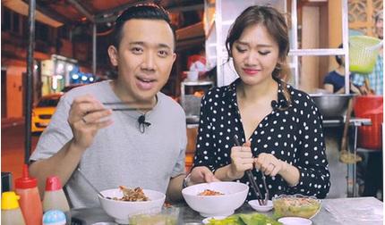 Trấn Thành - Hari Won khoe khoảnh khắc xuất hiện trên sách Hàn Quốc