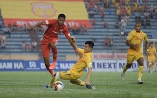 Thi đấu thiếu người, DNH Nam Định nhận trận thua cay đắng trước Viettel