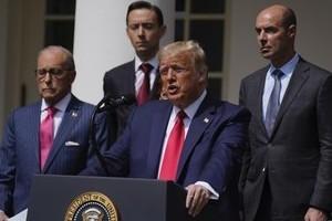 Tổng thống Trump bất ngờ nhắc đến George Floyd khi khoe thành tựu kinh tế