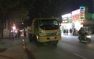 Tin tức tai nạn giao thông ngày 6/6: Ngã ra đường, 2 nam thanh niên bị xe ben cán tử vong