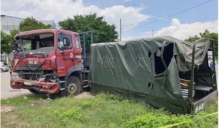 Container tông xe quân sự khiến 7 chiến sĩ thương vong