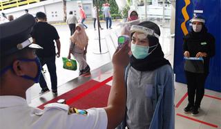 Indonesia ghi nhận kỷ lục ca nhiễm Covid-19, gần 1000 người/ ngày