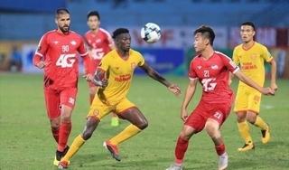 Dấu ấn vòng 3 V.League: Sân Thiên Trường lập kỷ lục thế giới