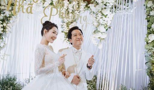 Ảnh cưới Trường Giang - Nhã Phương hot trở lại nhưng sự chú ý lại đổ dồn vào 2 nhân vật này