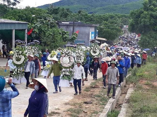 Tiếng khóc ai oán tiễn nam thực tập sinh ở Hà Tĩnh bị sát hại ở Nhật về đất mẹ