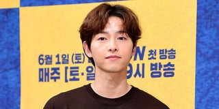 Sau 1 năm ly hôn Song Hye Kyo, Song Joong Ki có màn 'lột xác' ngoạn mục