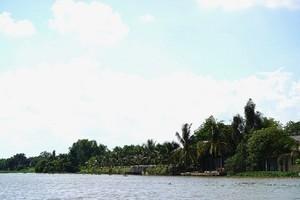 Bến Cát (Bình Dương): Không có chuyện lấp sông xây nhà trái phép?