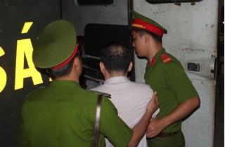 Cán bộ Chi cục Thi hành án dân sự bị bắt vì chiếm đoạt tiền của dân