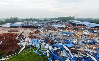 Thông tin mới nhất về sức khỏe 18 nạn nhân vụ lốc xoáy ở Vĩnh Phúc
