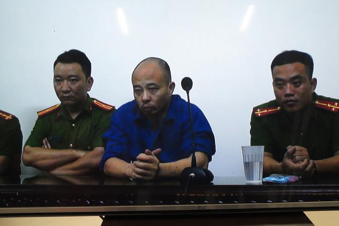 Hết chối cãi, Đường Nhuệ thừa nhận hành vi đánh người ở trụ sở công an
