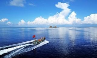 Cứu 1 ngư dân Quảng Ngãi đang nguy kịch ở ngư trường Trường Sa