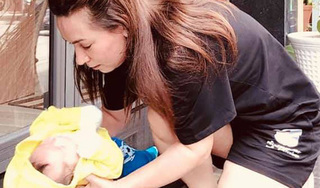 Phi Nhung gây xúc động khi nhận em bé bị bỏ rơi trước nhà làm con nuôi thứ 23