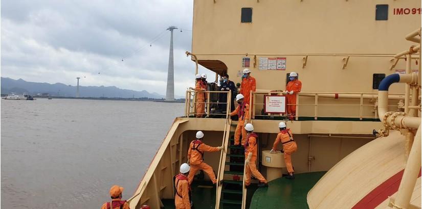Tin tức trong ngày 13/6, tìm thấy tàu cá TH 90282 TS chìm dưới độ sâu 40m