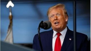 Tổng thống Trump lên tiếng về video 'bước đi không vững'