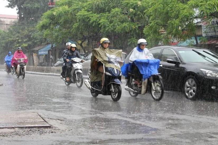 Tin tức thời tiết ngày 16/6/2020, Bắc Bộ và Nam Bộ mưa dông, Trung Bộ nắng nóng