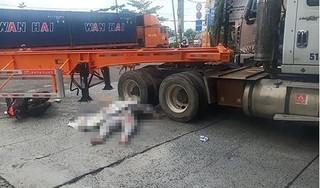 Xe máy va chạm với container, người đàn ông tử vong tại chỗ