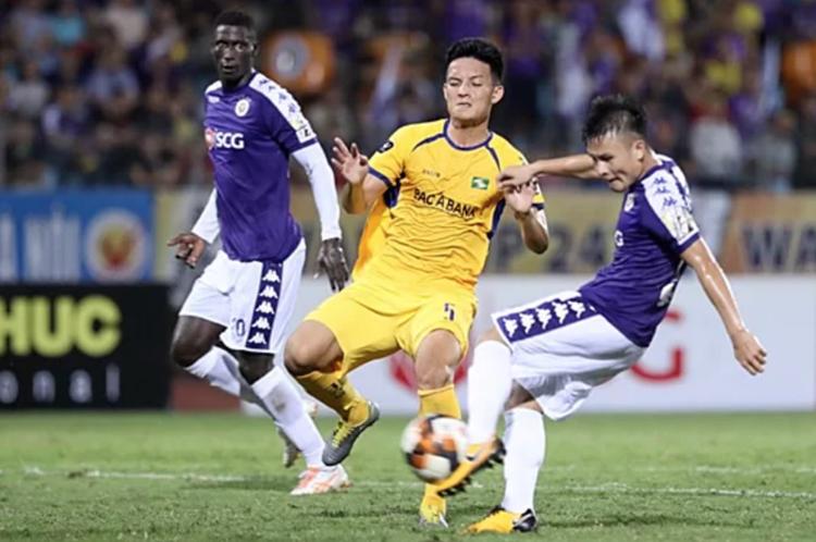 HLV Hà Nội FC chỉ ra cầu thủ nguy hiểm nhất của SLNA?