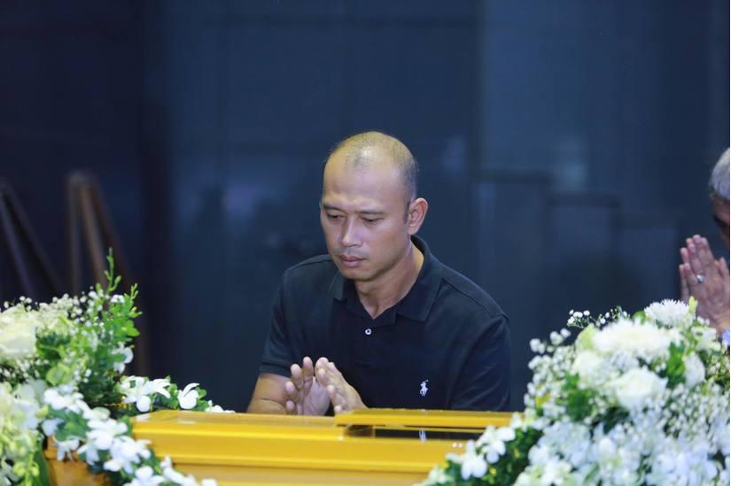 Đám tang đẫm nước mắt của MC Diệu Linh