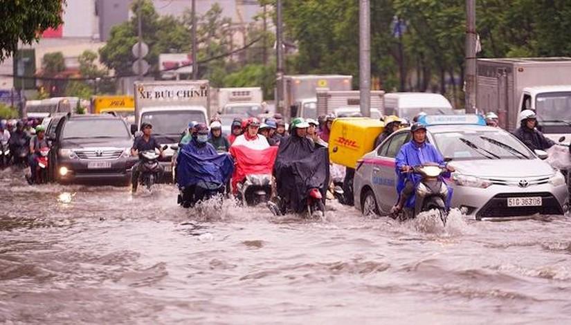 Thời tiết hôm nay: TP.HCM tiếp tục mưa lớn