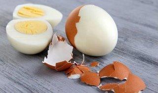 Sai lầm thường gặp khi luộc trứng, vừa làm mất dưỡng chất, vừa gây hại sức khỏe