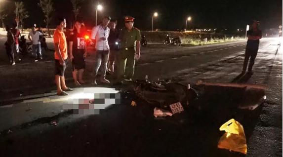 Nam thanh niên bị xe khách cán tử vong trên đường tránh Nam Hải Vân