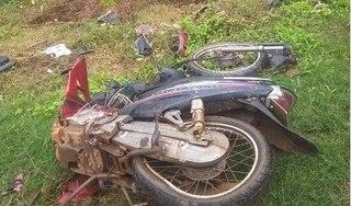 Tin tức tai nạn giao thông ngày 17/6: Xe tải tông xe máy gãy đôi, 1 người bị chấn thương sọ não