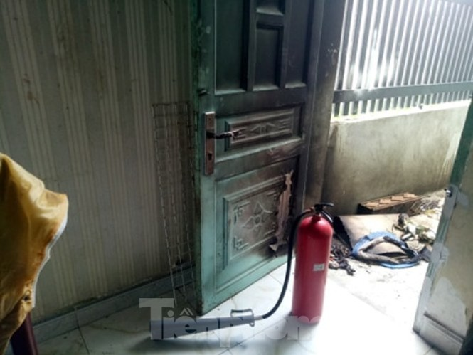 Nghi án người phụ nữ bị chủ nợ hành hung, tưới xăng đốt nhà