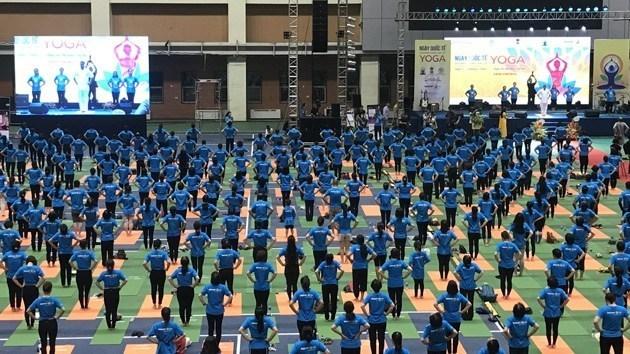 Hoa hậu Thu Thủy làm đại sứ Ngày Quốc tế Yoga lần thứ 6
