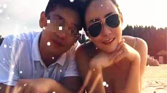 Xôn xao chuyện người phụ nữ 43 tuổi cưới con trai của bạn thân