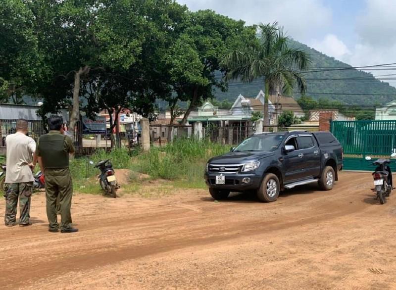 Đồng Nai: Người đàn ông dùng ô tô tông thẳng vào lực lượng công an
