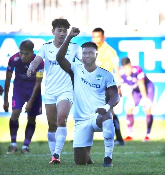 Trợ lý HLV Sài Gòn FC ngợi khen CLB HAGL