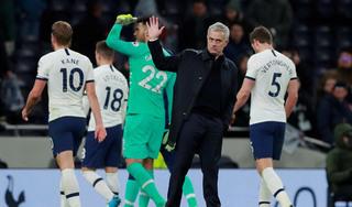 Tottenham mất hai trụ cột ở trận tiếp đón Man United