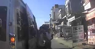 Tin tức tai nạn giao thông ngày 18/6: Giành khách, chặn xe, dùng mã tấu chém người trên quốc lộ 1