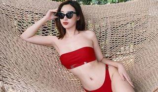 Lần hiếm hoi Đỗ Mỹ Linh diện bikini khoe dáng nóng bỏng