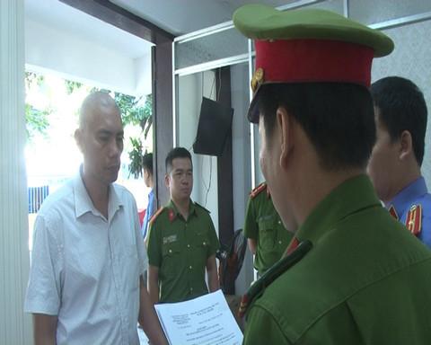 Chủ quán cà phê Bố Già hành hung nhân viên công ty cây xanh bị bắt