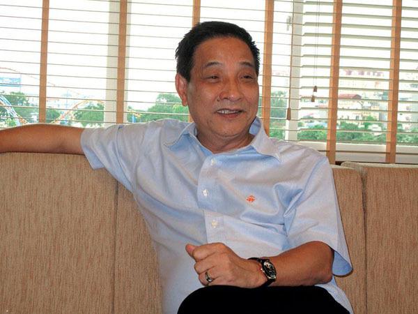 Hé lộ gia thế khủng của chồng diễn viên Phanh Lee