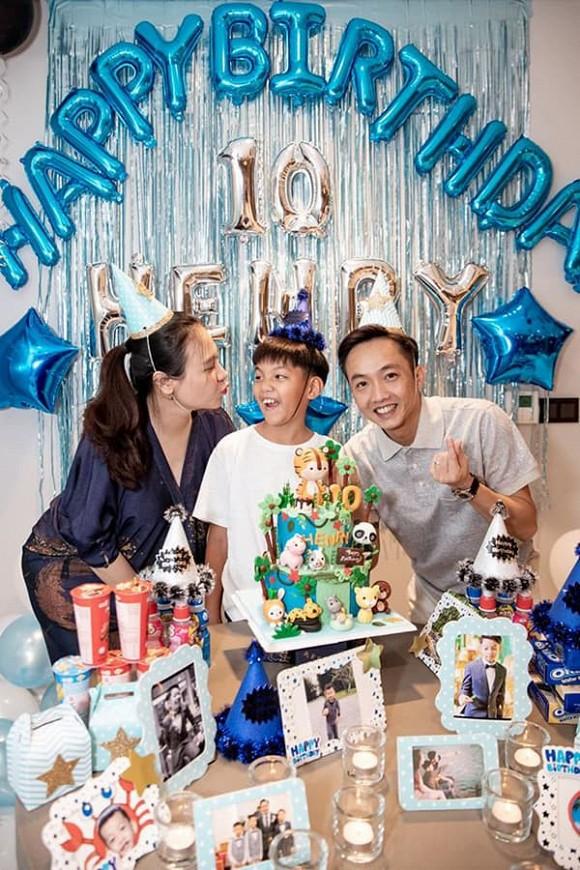 Cường Đô La và vợ cùng tổ chức sinh nhật cho Subeo, vòng 2 của Đàm Thu Trang gây chú ý