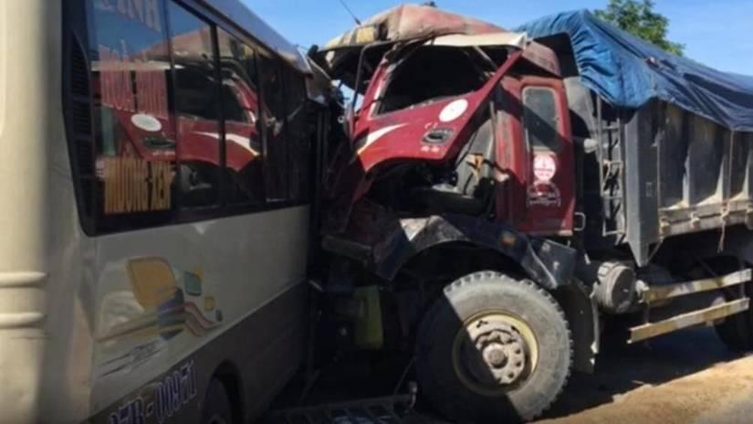Tin tức tai nạn giao thông ngày 20/6, va chạm với xe đầu kéo, người phụ nữ tử vong tại chỗ