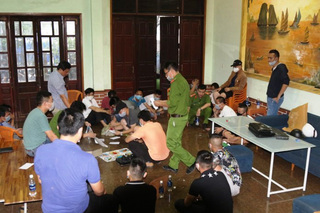 Bộ Công an phá sới bạc khủng ở Lào Cai, thu giữ hàng tỷ đồng