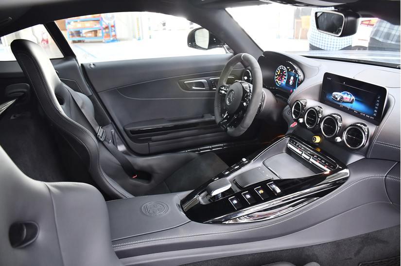 Chiêm ngưỡng Mercedes-AMG GT-R trị giá hơn 11 tỷ của Cường Đô la mới tậu
