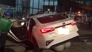 Tin tức tai nạn giao thông ngày 22/6: Ô tô con lao thẳng Trung tâm hành chính Đà Nẵng