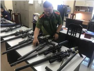 Tin tức pháp luật 22/6: Triệt phá kho linh kiện súng săn tại Hà Nội