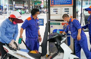 Giá xăng dầu hôm nay 24/6: Giá dầu thế giới vượt mốc 40 USD/thùng