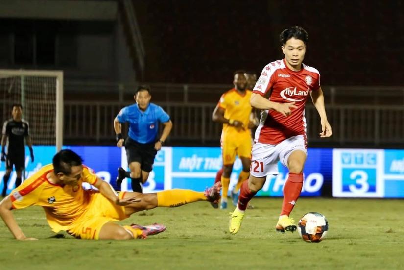 HLV Ngô Quang Trường thừa nhận SLNA đã mắc sai lầm trận gặp TP HCM