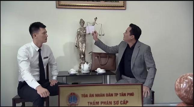 'Lựa chọn số phận' tập 6: Cường và Quang bị tấn công ngay trước cổng Tòa