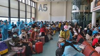 Sân bay Tân Sơn Nhất đón 343 người Việt bị mắc kẹt tại Đài Loan về nước