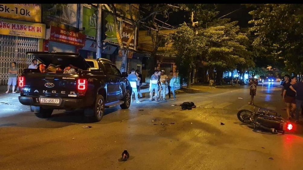 Va chạm với ô tô lúc nửa đêm, nam thanh niên tử vong tại chỗ
