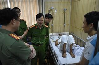 Thượng úy CSGT Ninh Bình bị chém trọng thương