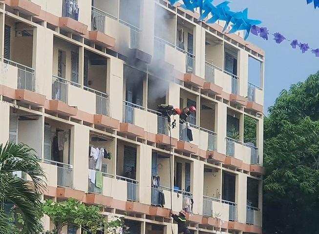 Một người chết trong vụ cháy căn phòng trong khách sạn ở Bình Thạnh