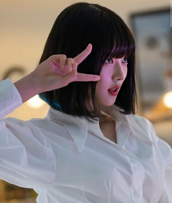 Phim mới Ji Chang Wook và Kim Yoo Jung rating giảm sau khi bị tố cáo đạo nhái